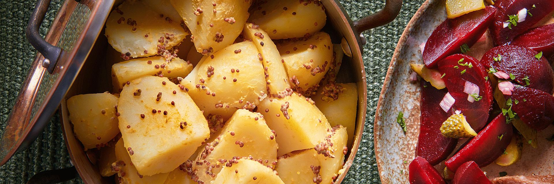Oma's aardappel met grove mosterd en rode bietjes